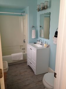Shore Room Bathroom, after renovation.